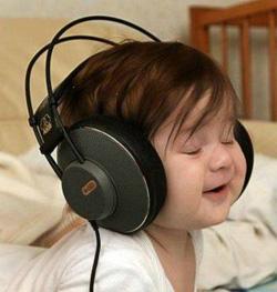 listening-babe